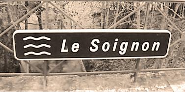 Kilden Soignon, som mejeriet Soignon er opkaldt efter