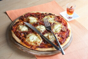 Pizza med gedost, Soignon Sainte Maure Selection